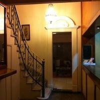 Foto tirada no(a) Hotel Belas Artes por Caco P. em 2/11/2013