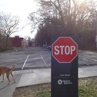 Das Foto wurde bei Atlanta BeltLine Corridor at Irwin St. von Gray W. am 1/12/2013 aufgenommen
