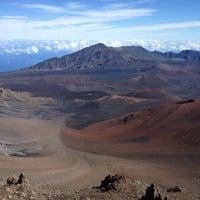 Photo taken at Pu'u 'ula'ula (Haleakalā Summit) by Junhee S. on 12/11/2013