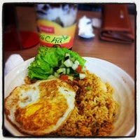 Photo taken at Chow King by Henny W. on 10/1/2012