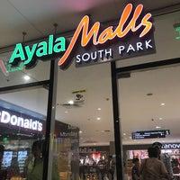 Foto scattata a Ayala Malls South Park da Ricardo S. il 8/12/2018