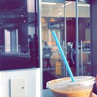 9/26/2018 tarihinde Sulaimanziyaretçi tarafından Blue Bottle Coffee'de çekilen fotoğraf
