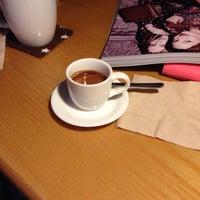 Photo taken at 커피가있는다락방 by Chris K. on 11/14/2015