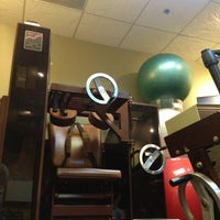 Photo taken at Back To Basics (Chiropractors, Acupuncture, Massage Therapy, Spinal Rehab) by Irazmi P. on 5/2/2013