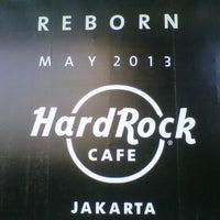 Photo taken at Hard Rock Cafe Jakarta by Hazeem R. on 1/30/2013