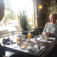 Photo taken at Restaurant De Bonte Koe by Anne H. on 4/14/2017