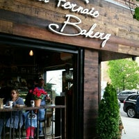 Photo taken at Il Fornaio Bakery by Tony X. on 5/15/2016