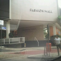 Photo taken at Fashion Mall by Alexandra C. on 10/17/2012