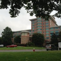 Foto scattata a Lansdowne Resort and Spa da Joshua R. il 8/29/2013