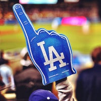 Photo taken at Dodger Stadium by onezerohero on 7/10/2013