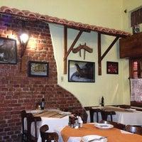 Photo taken at Restaurante Santa Helena by Leo B. on 5/22/2013
