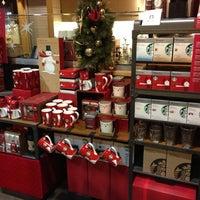 Photo taken at Starbucks by Warren O. on 11/13/2012