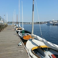 Photo prise au Center for Wooden Boats par Nate P. le9/17/2012