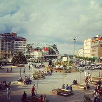 9/23/2012 tarihinde Fatih Ö.ziyaretçi tarafından Atatürk Meydanı'de çekilen fotoğraf