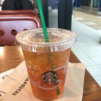 Photo taken at Starbucks by Belt T. on 11/12/2017
