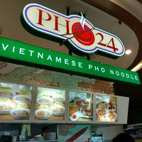 Photo taken at Pho 24 by Satya W. on 7/8/2016