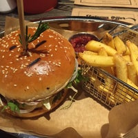 Photo taken at Ketch Up Burgers by Берта on 1/5/2016