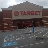 Foto tomada en Target por Harold H. el 10/28/2012