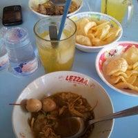 Photo taken at Bubur Ayam Jakarta by Tasha S. on 12/18/2012