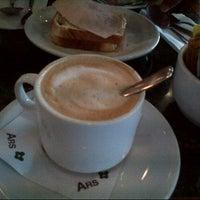 Foto tomada en Restaurant ARS por Ximena S. el 1/1/2014