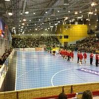 Photo taken at OBO Aréna - Dabasi Sportcsarnok by Tibor K. on 2/10/2013