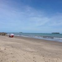 Photo taken at Pantai Gandoriah Pariaman by Ma'mun N. on 6/16/2014