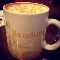 Photo prise au Starbucks par Rika H. le1/19/2013