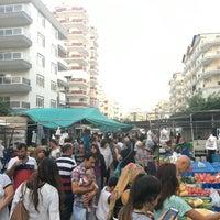Photo taken at Mahmutlar Salı Pazarı by figenliyorum ✌🏻 on 9/6/2016