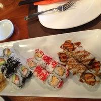 Photo taken at Hot Woks Cool Sushi by Aّmoُon on 10/29/2012