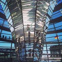 Foto scattata a Reichstag da Ivanna C. il 6/10/2013