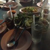 Photo taken at ร้านลาบร้อยเอ็ด (ลาดพร้าว-วังหิน) by Piroonpen N. on 10/12/2012