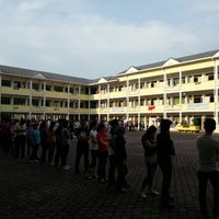 Photo taken at SMK Bandar Puchong Jaya (A) by Zaymes H. on 5/5/2013