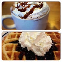 Photo taken at IHOP by Lia D. on 12/10/2012