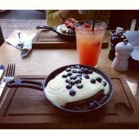 8/30/2013 tarihinde Валерия Н.ziyaretçi tarafından Breakfast Cafe'de çekilen fotoğraf