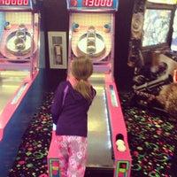 Photo prise au Northern Lights Arcade at Great Wolf Lodge par Jeffrey N. le2/15/2013