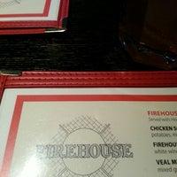 Foto scattata a Nicky's Firehouse Italian Restaurant & Pizzeria da Ken T. il 2/28/2013