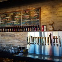 11/29/2015 tarihinde Robert F.ziyaretçi tarafından Tenaya Creek Brewery'de çekilen fotoğraf
