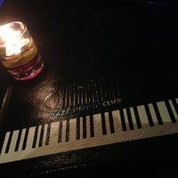Foto tirada no(a) BlackCat Jazz & Blues Club por Mike S. em 12/23/2012