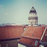 Das Foto wurde bei Berlin-Brandenburgische Akademie der Wissenschaften von tobika am 5/23/2014 aufgenommen
