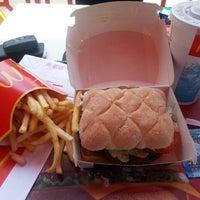 5/15/2013 tarihinde mustafa k.ziyaretçi tarafından McDonald's'de çekilen fotoğraf