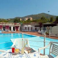 Foto scattata a Albergo Hotel Riviera da Mauro V. il 10/22/2012