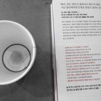 Photo taken at Starbucks by YK clara H. on 7/21/2013