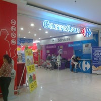 Photo taken at Carrefour by Risma E. on 11/30/2012
