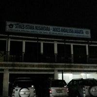 Photo taken at Stikes Istara Nusantara Dan Akkes Andalusia by Risma E. on 4/2/2014