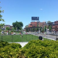 Photo prise au The Rose Kennedy Greenway par Al S. le5/27/2013