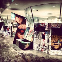 Photo taken at COMME des GARÇONS 青山店 by みるく on 10/16/2013