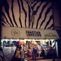 10/21/2012にみるくがFUNCTION JUNCTIONで撮った写真