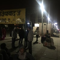 Photo taken at Ghaziabad Railway Station by Ravi P. on 11/24/2016