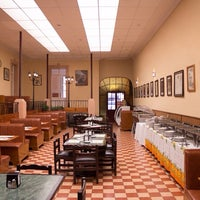 Photo taken at Restaurant Casa Blanca by miguelaranamx on 1/22/2014