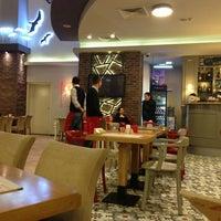 1/15/2013 tarihinde Övünç P.ziyaretçi tarafından Kule Cafe & Brasserie'de çekilen fotoğraf